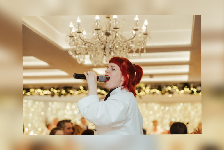 Singers for Hire Photo 2 | Hooley!