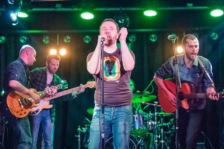 The Strolling Homes - Tribute Band Photo 1